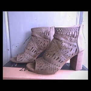 Ankle Boot. Just in time for fall!!